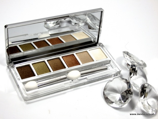 Clinique  Aromatics in White Colour Collection All About Shadow