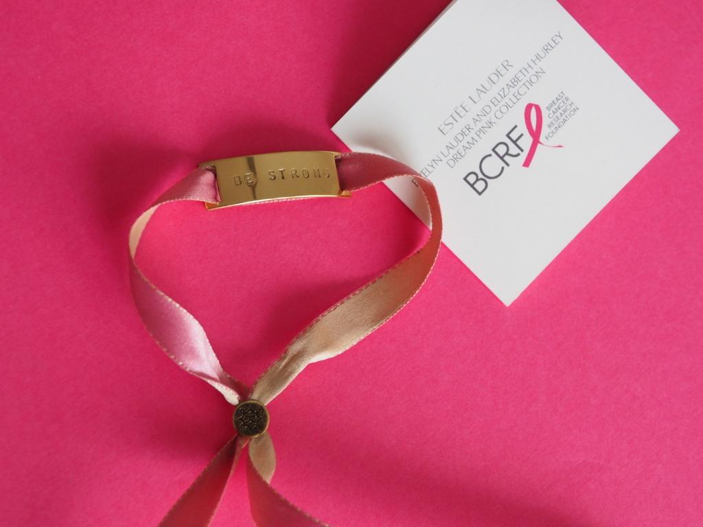 Różowa wstążka 2015 - kampania na rzecz walki z rakiem piersi