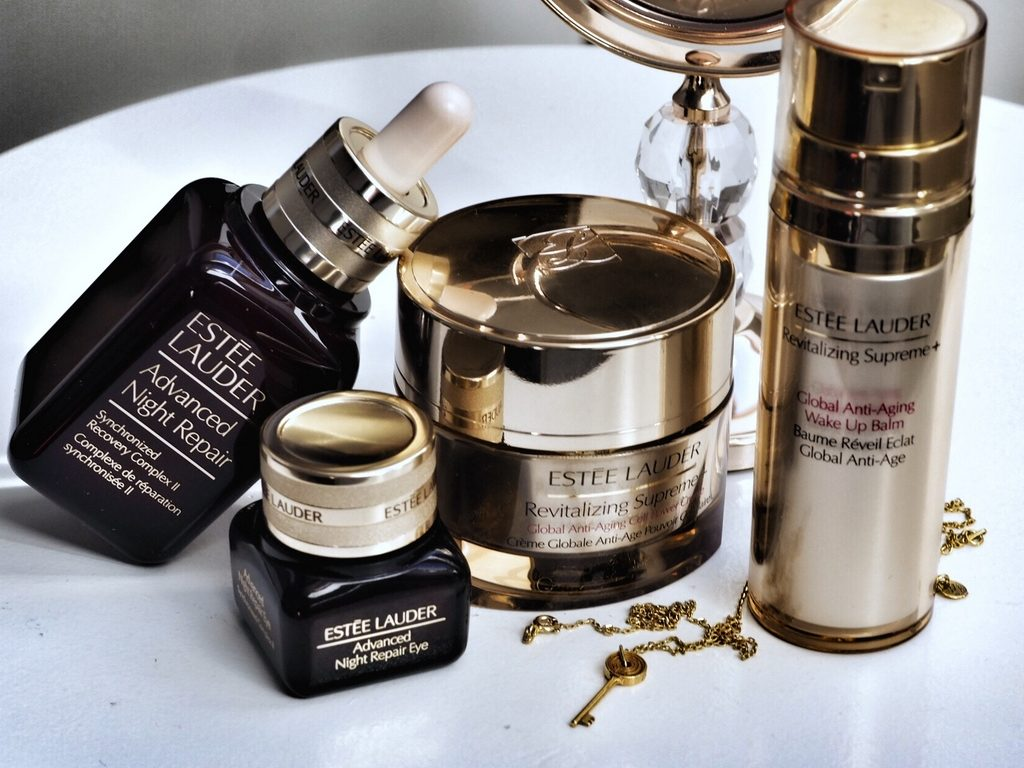 ESTÉE LAUDER REVITALIZING SUPREME + GLOBAL ANTI-AGING COLLECTON