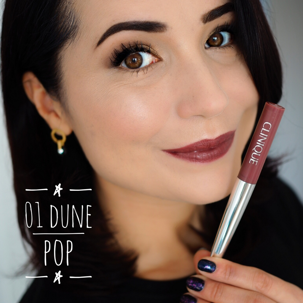 Clinique Pop™ Lip Shadow Cushion Matte Lip Powder.