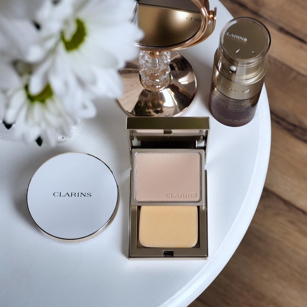 CLARINS w kompakcie Everlasting Compact Foundation