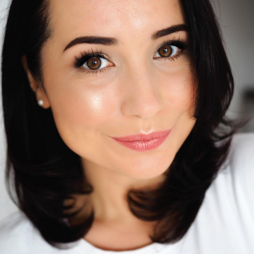Studio Skin Face Shaping Foundation Stick