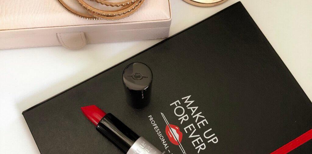 Make UP For Ever Artist Rouge Light w kolorze Rouge