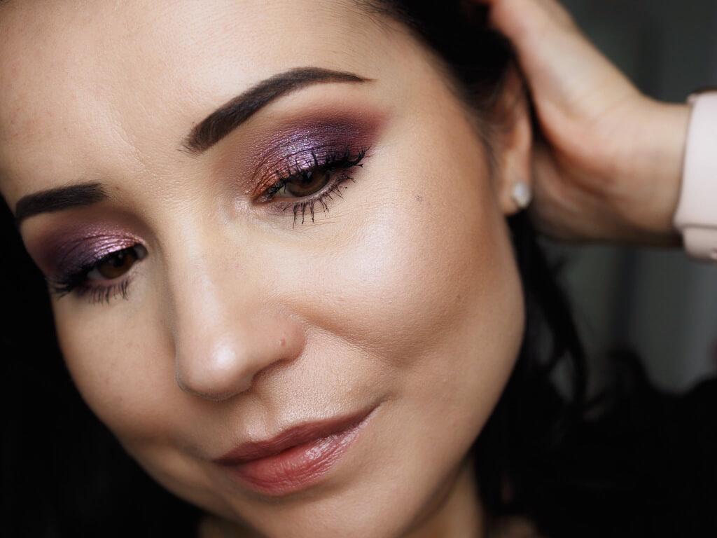 ANASTASIA BEVERLY HILLS Carli Bybel Eye Shadow Palette
